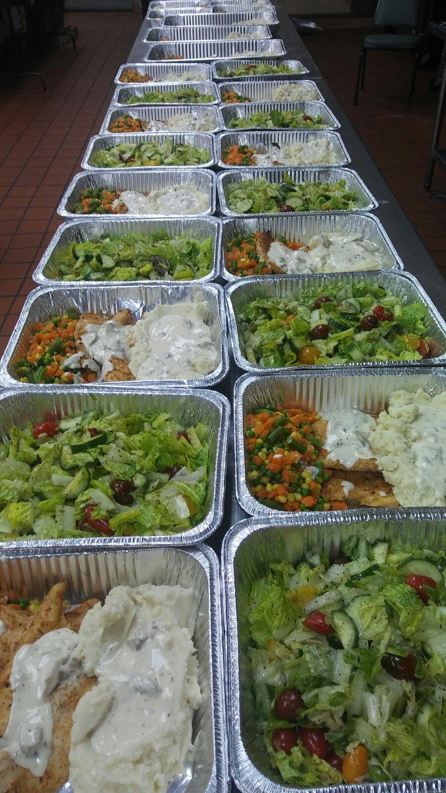 c-asist-refugees-meals-2