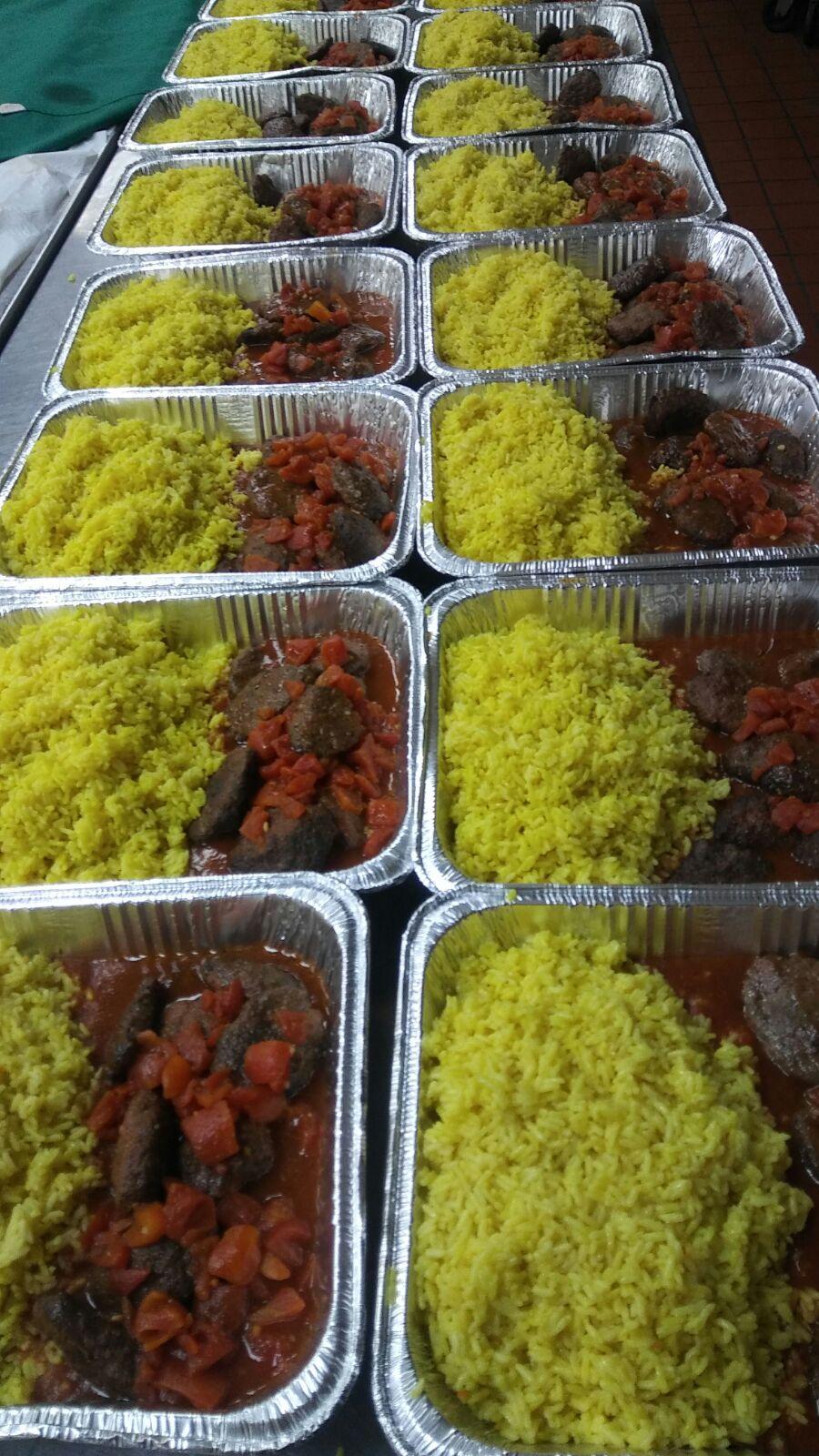 c-asist-refugees-meals-4